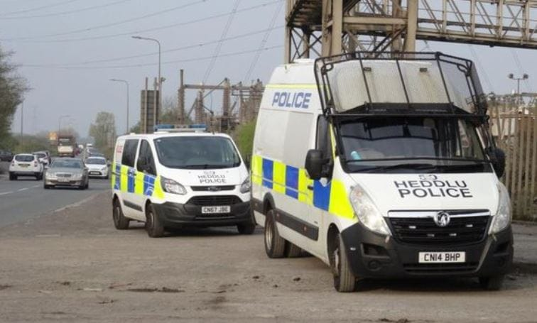 Suspected 'Unexploded Bomb' Found at Cardiff Scrapyard